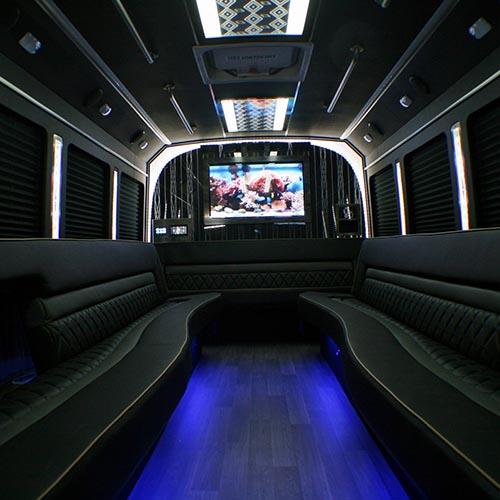 2017 e450 classic limo bus