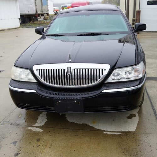 2007 Lincoln Towncar Limousine for Sale